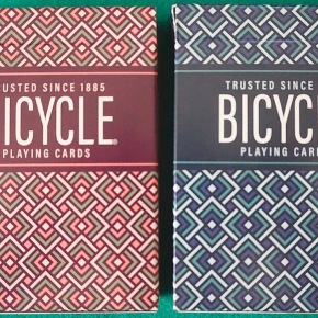 Unboxing PARQUET playing cards